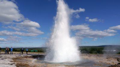 Weltreise Etappe Island und Färöer – Vorschau – Geysir