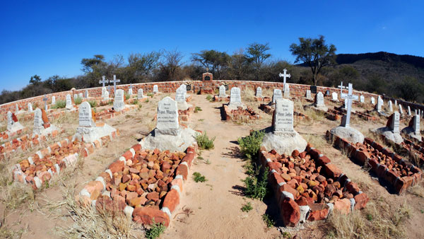 Weltreise Etappe Afrika - Waterberg-Friedhof