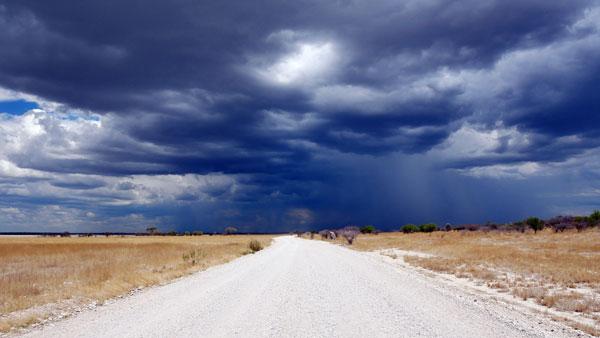 Weltreise Etappe Afrika - Regen Etosha